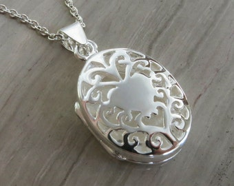 """Sterling Silver oval gated dome locket on 18"""" chain"""