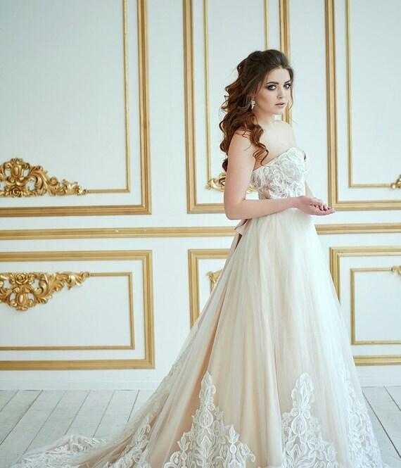Wedding Dress Berkana Vintage Wedding Dress Romantic Wedding