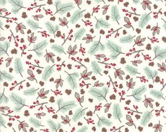Return to Winter's Lane Snow - Mint Pine Berry Toss 13171-11