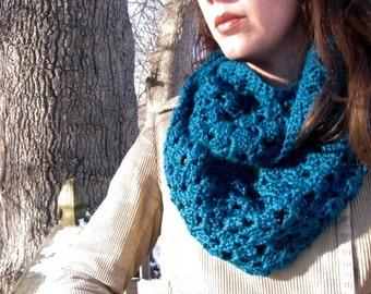 Crochet pattern - Easy Lacy Infinity Scarf