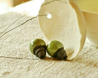 ceramic beads, set of 2 brilliant green bright raku terracotta beads for supplies earrings, jewelry accessories