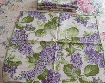 Lilac Napkins, Set of 4, Vintage Cloth, Dinner Napkins, Springtime, Summer, Seasonal Napkins, Lilac Bouquet, Cloth Lilac Napkin Set