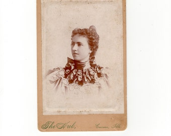 Beautiful dress, antique cabinet card photo