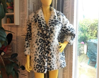 Vintage 70s Faux Fur Snow Leopard 3/4 Length Sleeve Swing Coat
