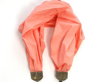 scarf camera strap blush coral lawn - BCSCS107