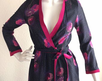 Vintage Gillian O Malley Black Pink Floral Wrap Robe Dress Size Small