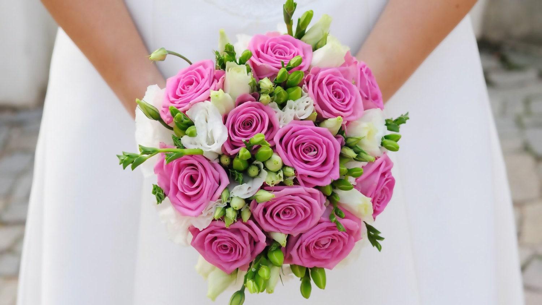 Pink roses wedding bouquetbridal bouquet bridesmaid zoom izmirmasajfo