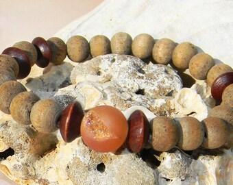 Beachy Stretch Bracelet / Sandalwood Bracelet / Druzy Bracelet / Peach Druzy / Boho Layering Bracelet / Rustic Bracelet / Stacking Bracelet