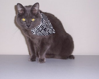 Pet Bandana Black and White  Small  Pet Scarf - Pet Collar Cover Free Shipping