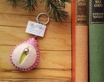 Vagina keychain, vulva keyfob, vag key, lesbian keyring, feminist totem, midwifery gift, doula thank you, obgyn key minder {Renee Key}