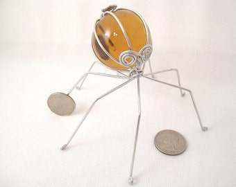 Vintage Amber Grape Spider of Recycled Aluminum Wire
