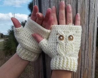 It's a Hoot Owl Texting Gloves, a fingerless crochet mitt PATTERN.  Instant Download.
