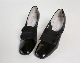 Vintage 1960s Heels - Mod Spat Patent Shiny Button Heels - US 6 Euro 36