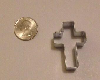 """1.5"""" Mini Cross Cookie Cutter"""