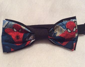"Spider-man kids bow tie, Comic book characters bow tie, Marvel comics bow tie. Pre-tied with 15"" adjustable tie."