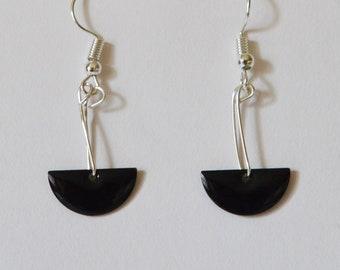 Minimalist earrings, black semi-circle