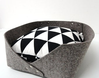 Modern cat felt bed- Minimal design, cats and small dogs, animalove
