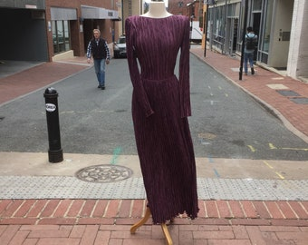 Mary McFadden Couture 1980s stunning plum fortuny pleats column top and skirt outfit