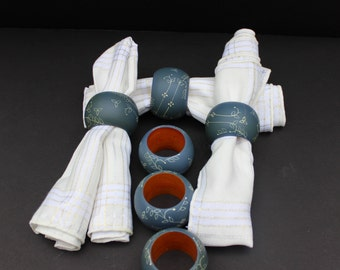 Vintage Wooden Painted Blue Napkin Rings Set of 6/Napkin Holders/Wooden Napkin Rings