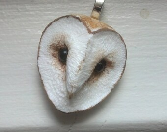 Barn Owl Necklace, Owl Jewelry Sculpture Pendant, Hand Sculpted Bird Face Necklace, Realistic Pendant, Nature Avian Owl, Simple Classic