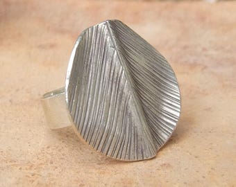 Sterling silver ring. Silver jewelry. Hill Tribe silver ring. 925 Silver ring. Silver jewelry. Ethnic jewelry.