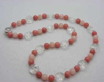 Pink jade stone necklace with Crystal flowers