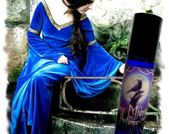 Gwenhwyfar Perfume Oil - Lilies, Dragon's Blood, Musks, Gothic Perfume - Medieval - Legends of the Grail Series