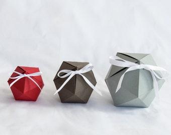 Geometric Nesting Gift Boxes, Set of 3, Icosahedron Geometric Paper Ornament Gift Box - FLAT