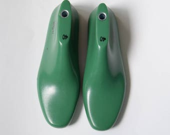 Men's plastic shoe lasts for sewing