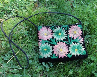 CLOVER Embroidered Evening Bag Black Velvet Clutch