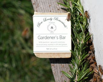 Bee Lovely Botanicals Gardener's Bar Soap with Pumice and Rosemary and Litsea Essential Oils