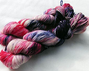 Merino SINGLE yarn, 100 %  100g 3.5 oz.Nr. 105
