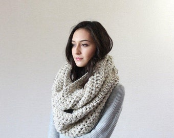 The Strasbourg - OATMEAL // Super Chunky Infinity Scarf, loop scarf, circle scarf, cowl, snood