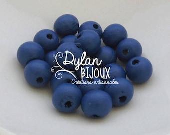 20 wooden Navy Blue 10 mm beads