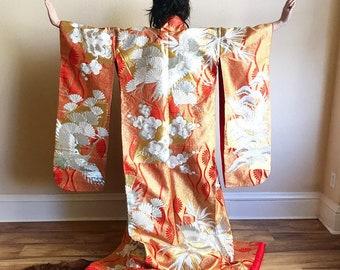 Red silk wedding kimono uchikake