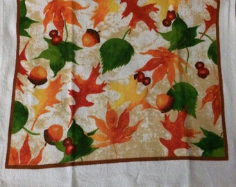 Fall Leaves and Acorns Crochet Top Towel  (F10)