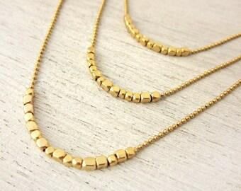 Collier de ruée vers l'or, petite pépite perles, bijoux minimaliste