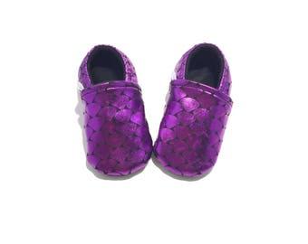 MERMAID CRIB SHOES, purple baby moccasins, mermaid baby shower gift, girl baby booties, mermaid baby, purple baby booties, soft baby shoes,