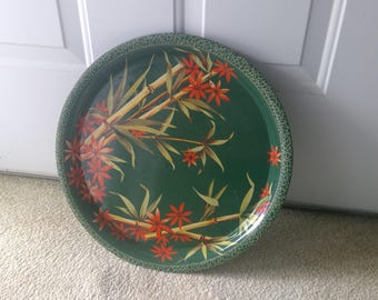 Green and Red Serving Tray, Metal Tray, Flowered and Bamboo Decor, Vintage, Round Dish, Kitchen Decor, Dessert Server, Sandwich Holder