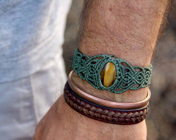 UNISEX macrame bracelet with tiger's eye, military green thread, adjustable, tribal jewelry, stone amulet, gift for man, for him