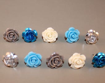 Flower Resin and Metal Thumbtack/Push Pin