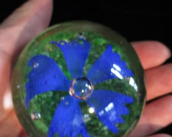 Solid Glass Paperweight-Cobalt Blue Flower Paperweight Round Globe /Sphere Flower with Forming / Controled Bubbles