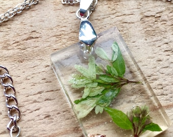Green Buds & Copper- Real Flora Resin Necklace