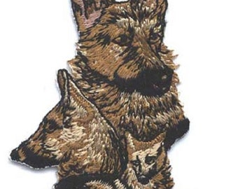 Embroidered GERMAN SHEPHERD Dog Breed Iron-on/Sew on Patch Badge Applique DIY