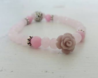 Romantic woman bracelet with crystals and agate.... wanting in combination you can also find the necklace
