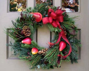 Red Pear & Mixed Greens Wreath