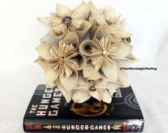 Book Page Bouquet • Hunger Games Roses • The Hunger Games Necklace • Paper Flowers • Mockingjay • wedding bouquet • Wedding veil • Bride