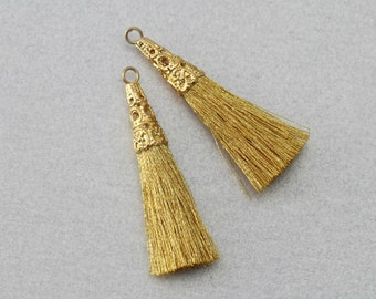 Gold Cotton Tassel . Polished Gold Plated . 10 Pieces / T0001G-GD010