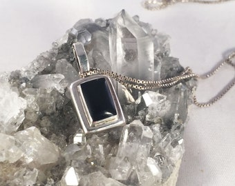925 Sterling Silver Rectangle Black Onyx Stone Monochrome Chic Pendant Necklace