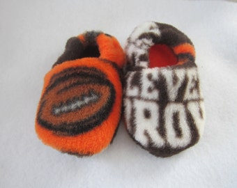 Cleveland Browns fleece baby booties